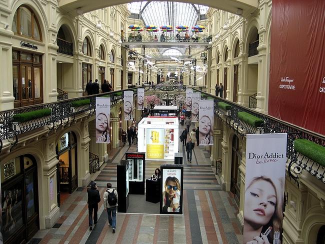GUM - tavaratalossa on nykyään kansainväliset luksusmerkit edustettuna
