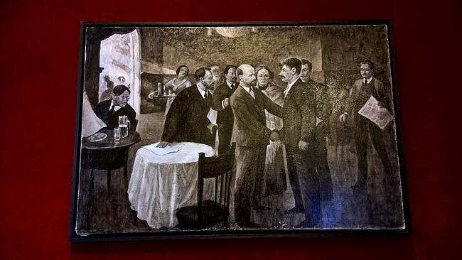 Samaten muutamat maalaukset olivat näyttelyn ehdottomasti parasta antia.