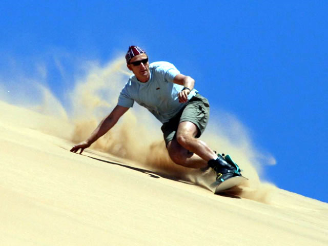 Sandboarding copyright http://www.capeview2.co.za