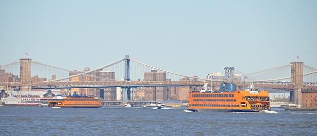 Brooklyn Bridge oli valmistuessaan aikansa mestariteos yhdistäen Manhattanin ja Brooklynin toisiinsa.
