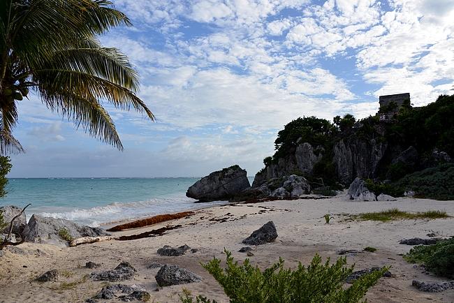 Tulum on ainoa Maya-kaupunki, joka on rakennettu meren rannalle.