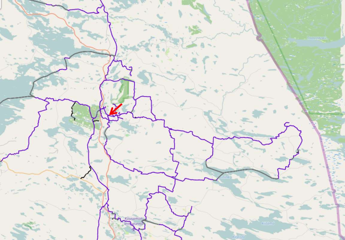Etukäteen voit tutustua reitteihin osoitteessa http://kelkkareitit.fi -> nuolen kohdalla Sport House Ruka.