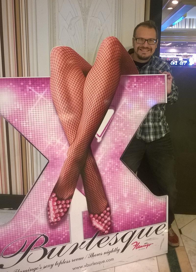 X Burlesquen mainos oli houkutteleva.