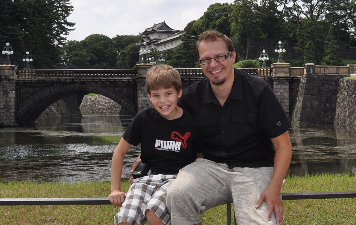 Rasmuksen kanssa kaksin Tokiossa isä-poika reissulla.