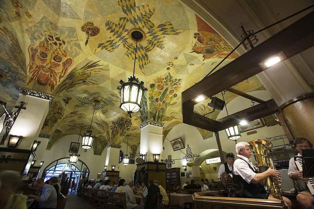 Hofbräuhaus copyright Jorge Royan