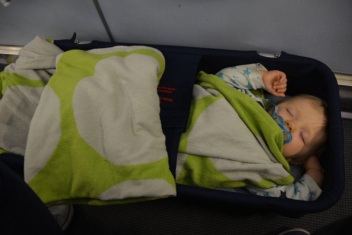 Vauvakoppa on ehdoton pitkille lennoille pienten vauvojen kanssa.