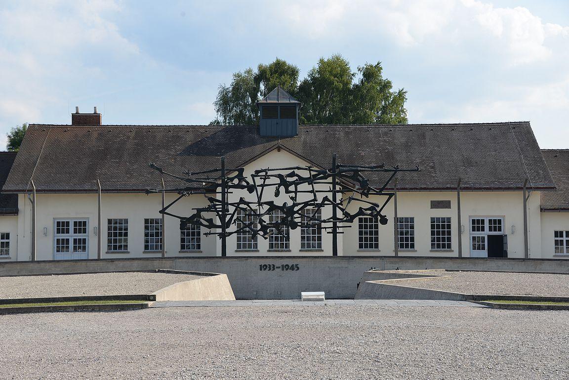 Dachau 1933 - 1945.