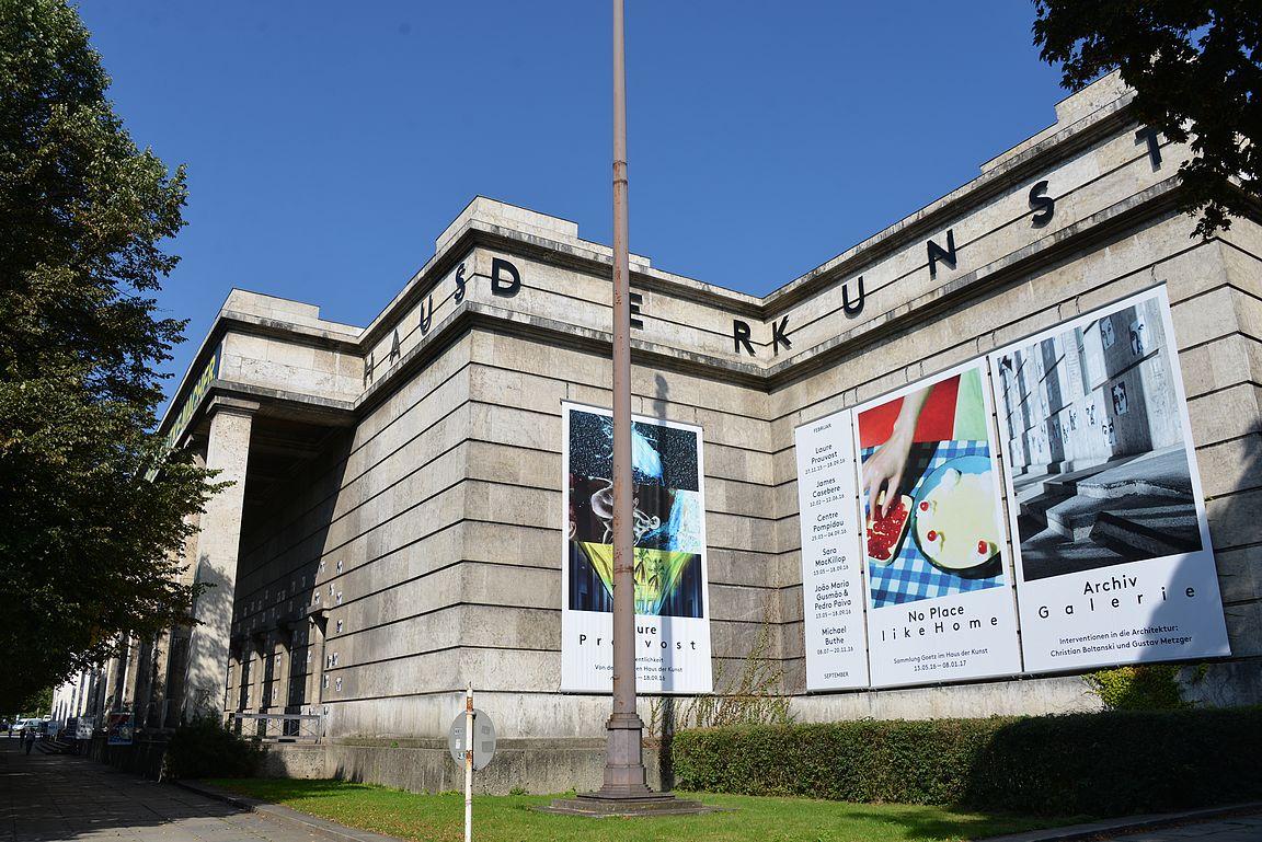 Haus der Kunst - Hitlerin monumentaalinen taidemuseo.