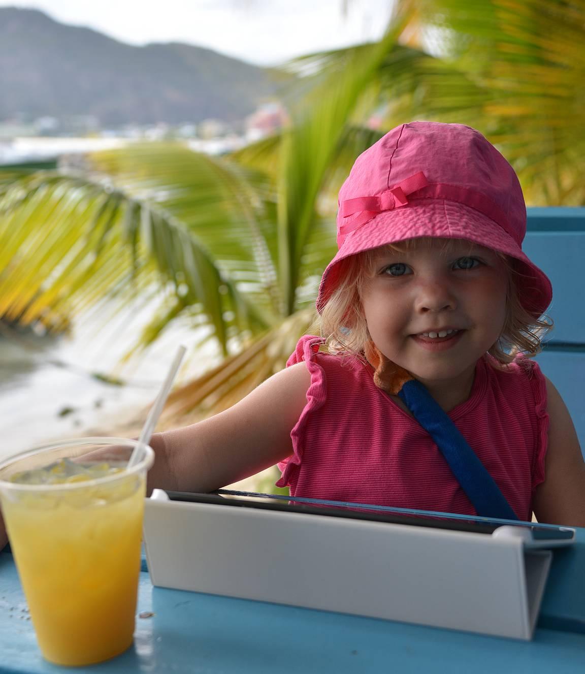 Ravintoloissa ruuan odotus menee nopeasti, kun uskaltaa käyttää turvallisesti avoimia verkkoja.