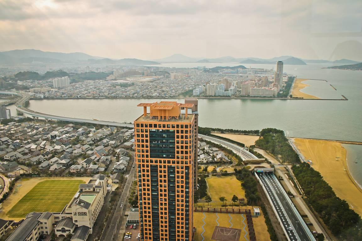 Fukuoka tornin näköala copyright Lotta Watia.
