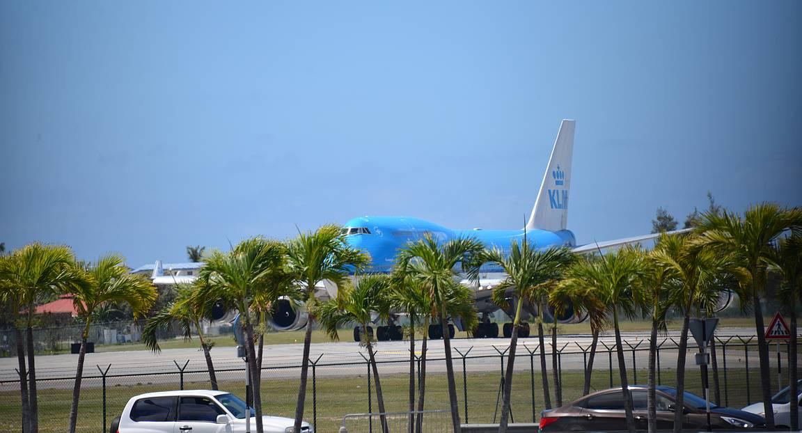 Lähde ajoissa liikenteeseen, jotta et missaa KLM:n ja Air Francen laskeutumisia rannalla. Nimimerkki: kokemusta on.