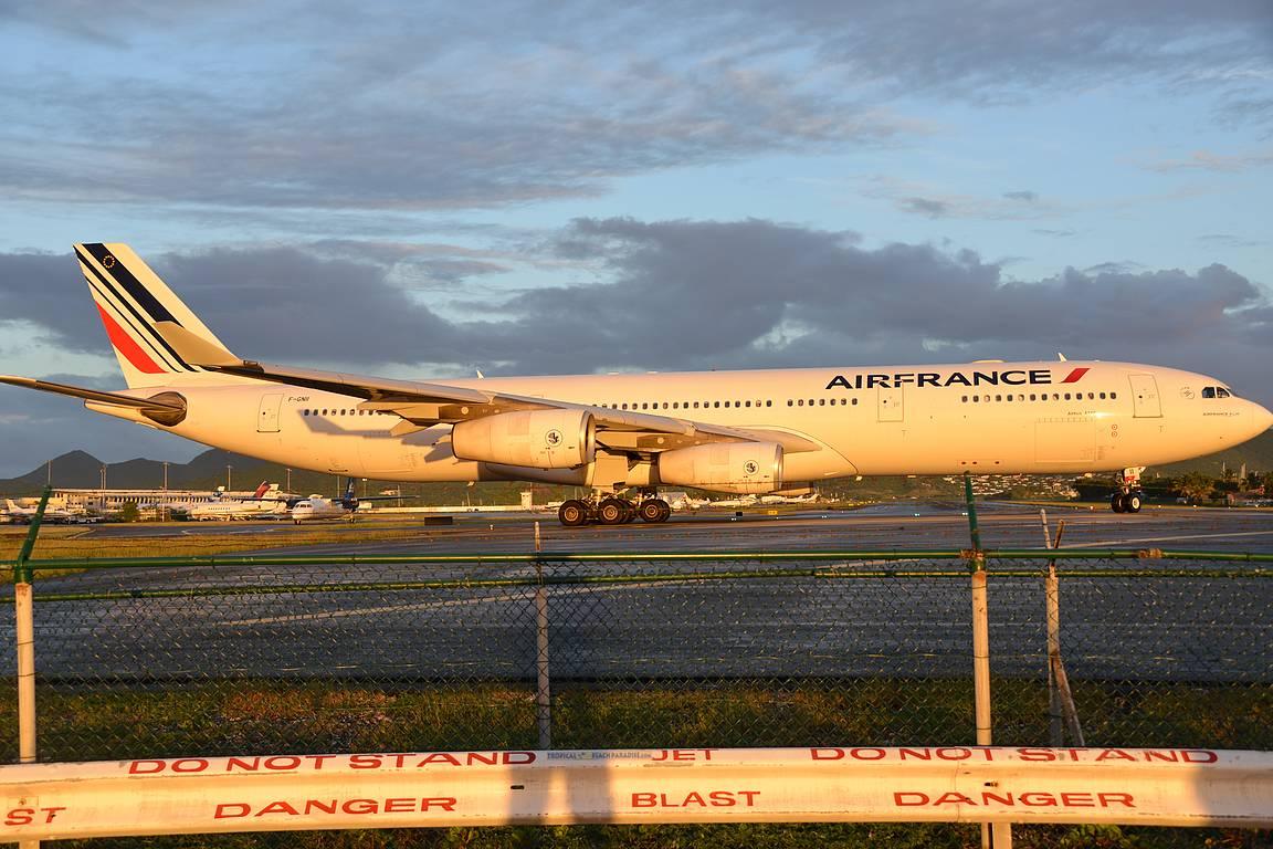 Pulssi nousee, kun Air France kääntyy kohti lähtökiihdytystä silmien edessä.