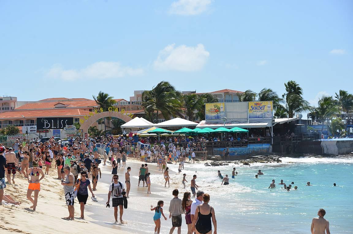 Maho Beach - ei mikään tavallinen uimaranta.