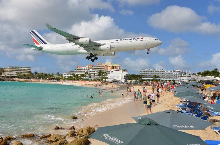 Maho Beachille on Air Francella mukava laskeutua...