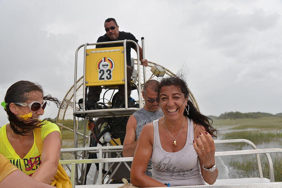 Ilmaveneillä ajelu on huippuhauskaa.