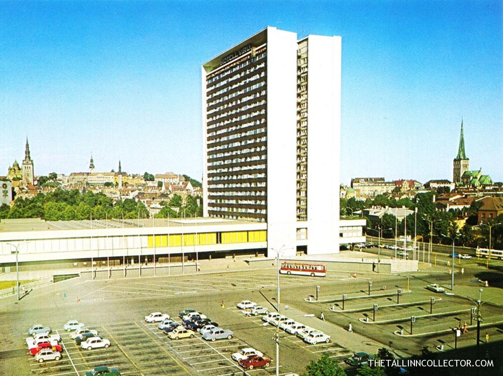 Viru-hotellin ympäristö näytti tältä vuonna 1988. Copyright http://thetallinncollector.com/