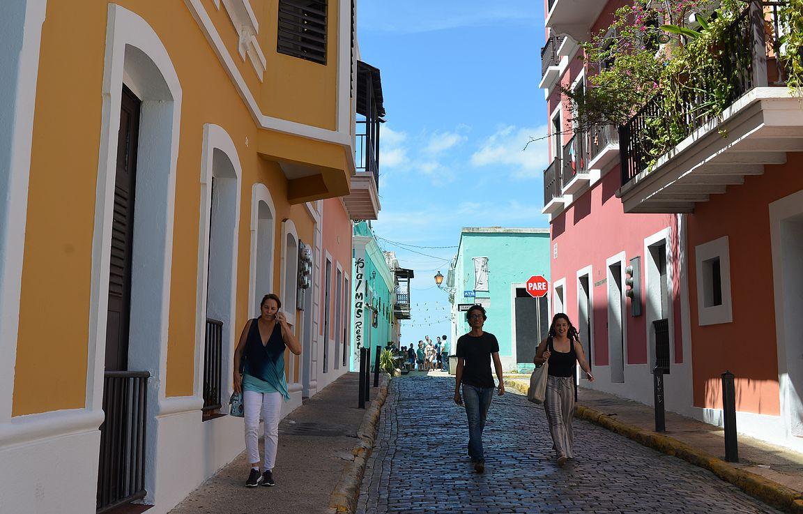 San Juanin mukulakivikadut tarjoaa upeat puitteet värikkäiden hyvässä kunnossa olevien talojen katseluun.