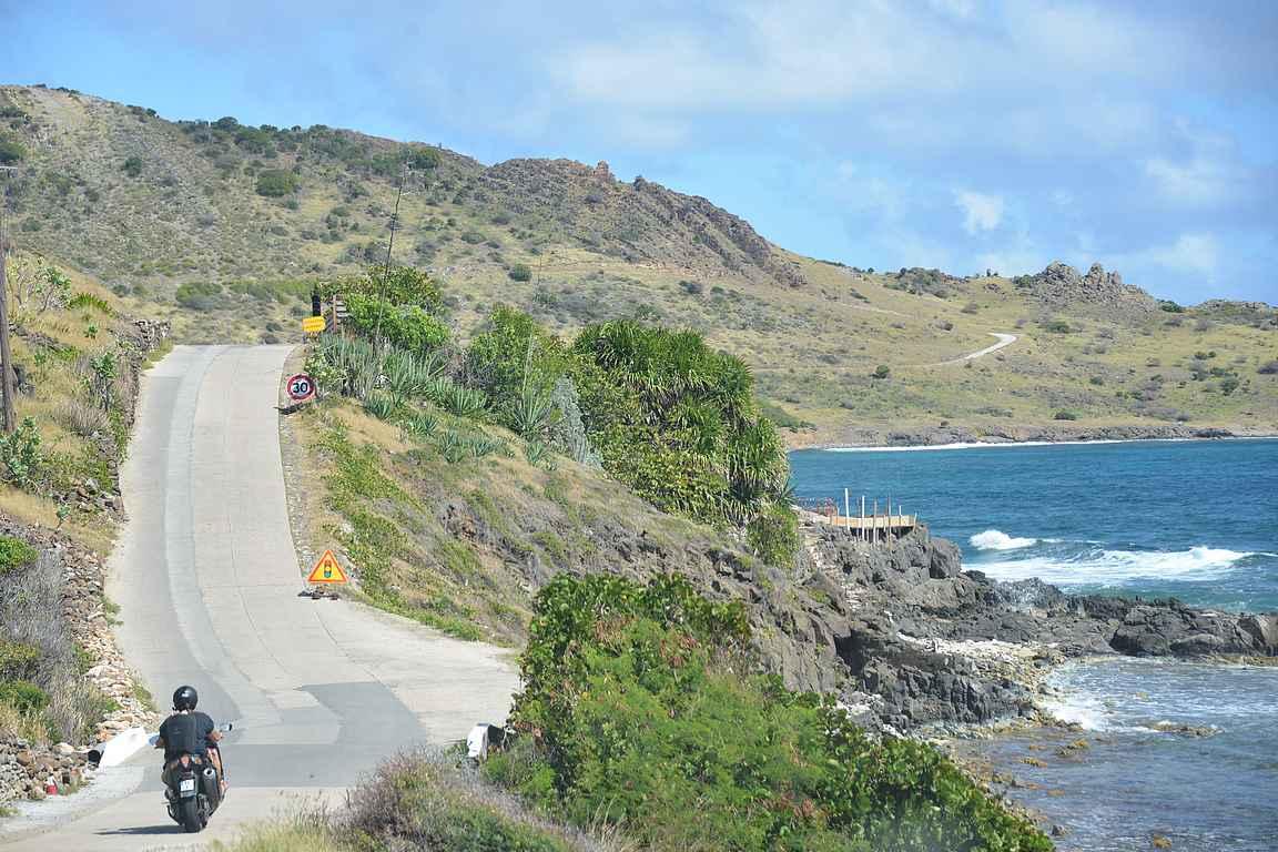 Saaren ainoat liikennevalot.