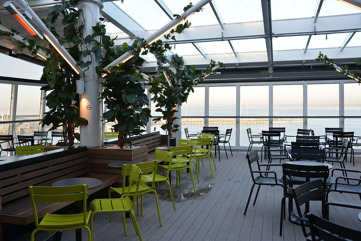 Sea Pubin terassi toimii myös talvipuutarhana.