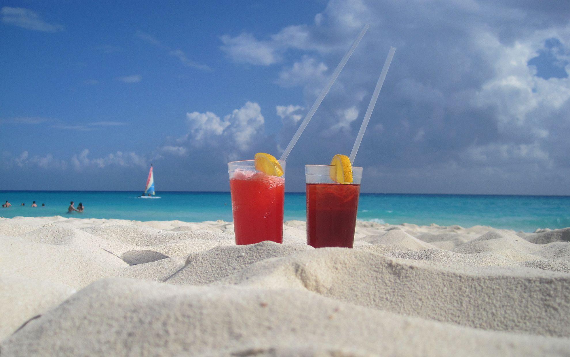 Omista ostoksista yleensä drinkit rannalla on mieluisimpia.