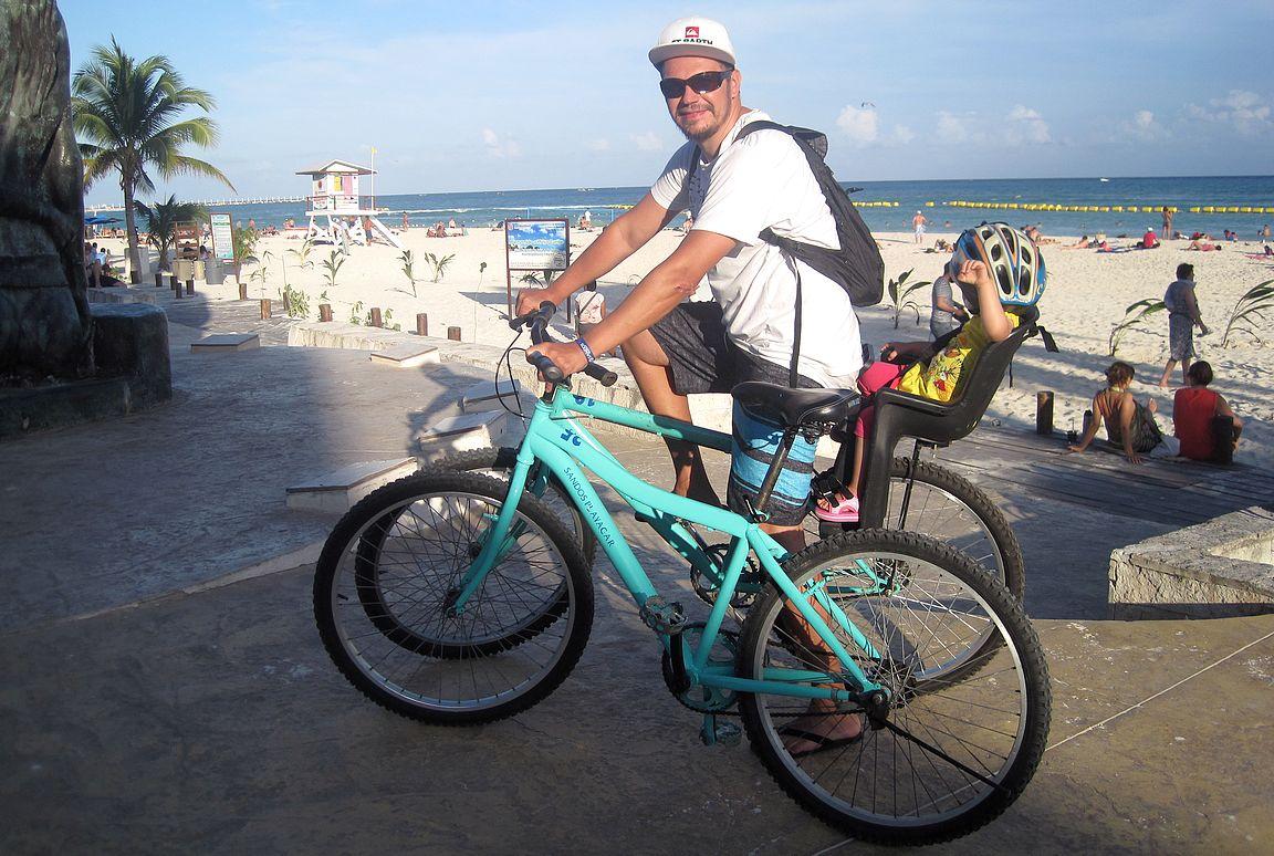 Playa del Carmenissa on myös helppo pyöräillä.