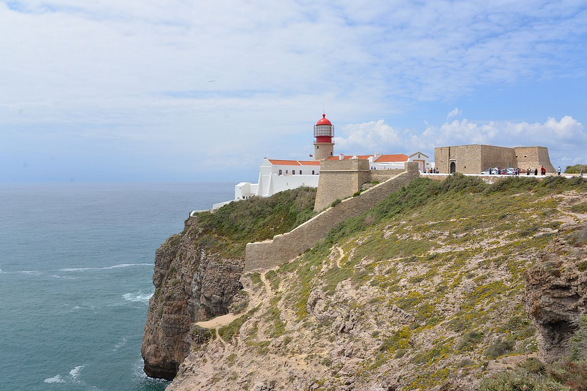 Cabo de São Vicente ja siellä oleva majakka.