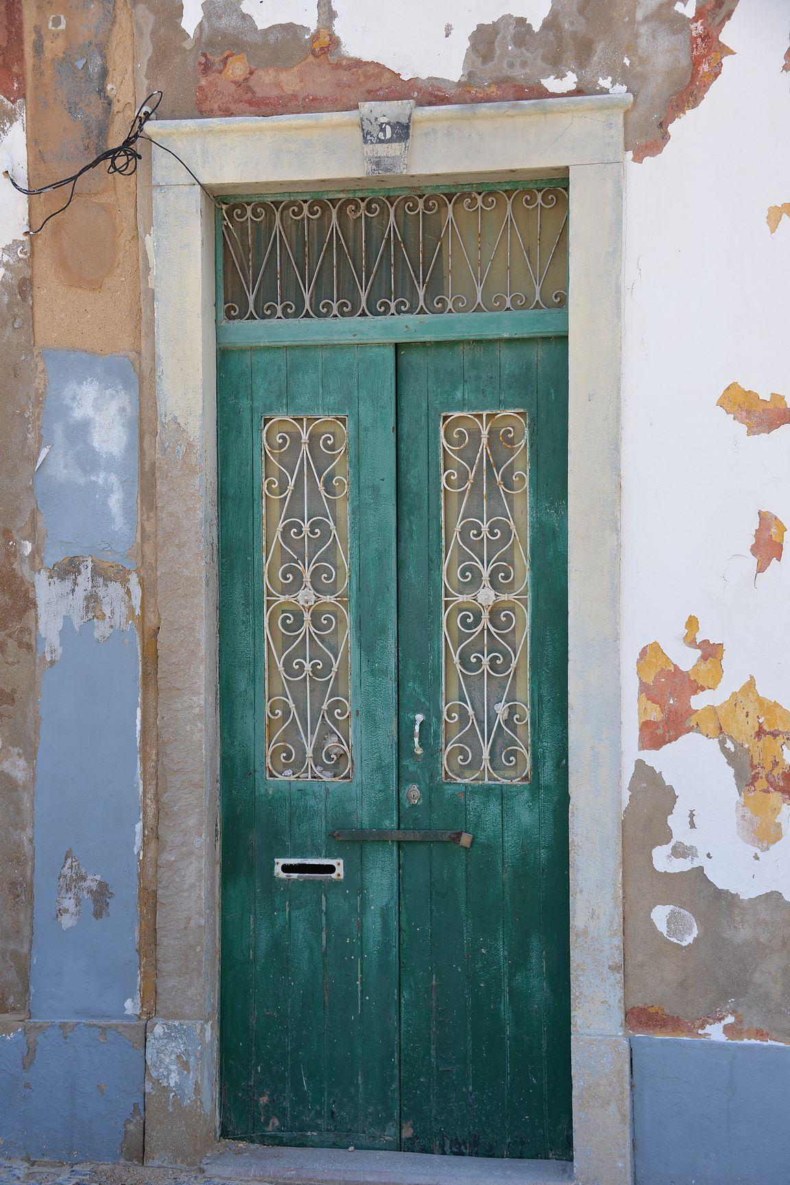 Rappioromantiikkaa Farossa.