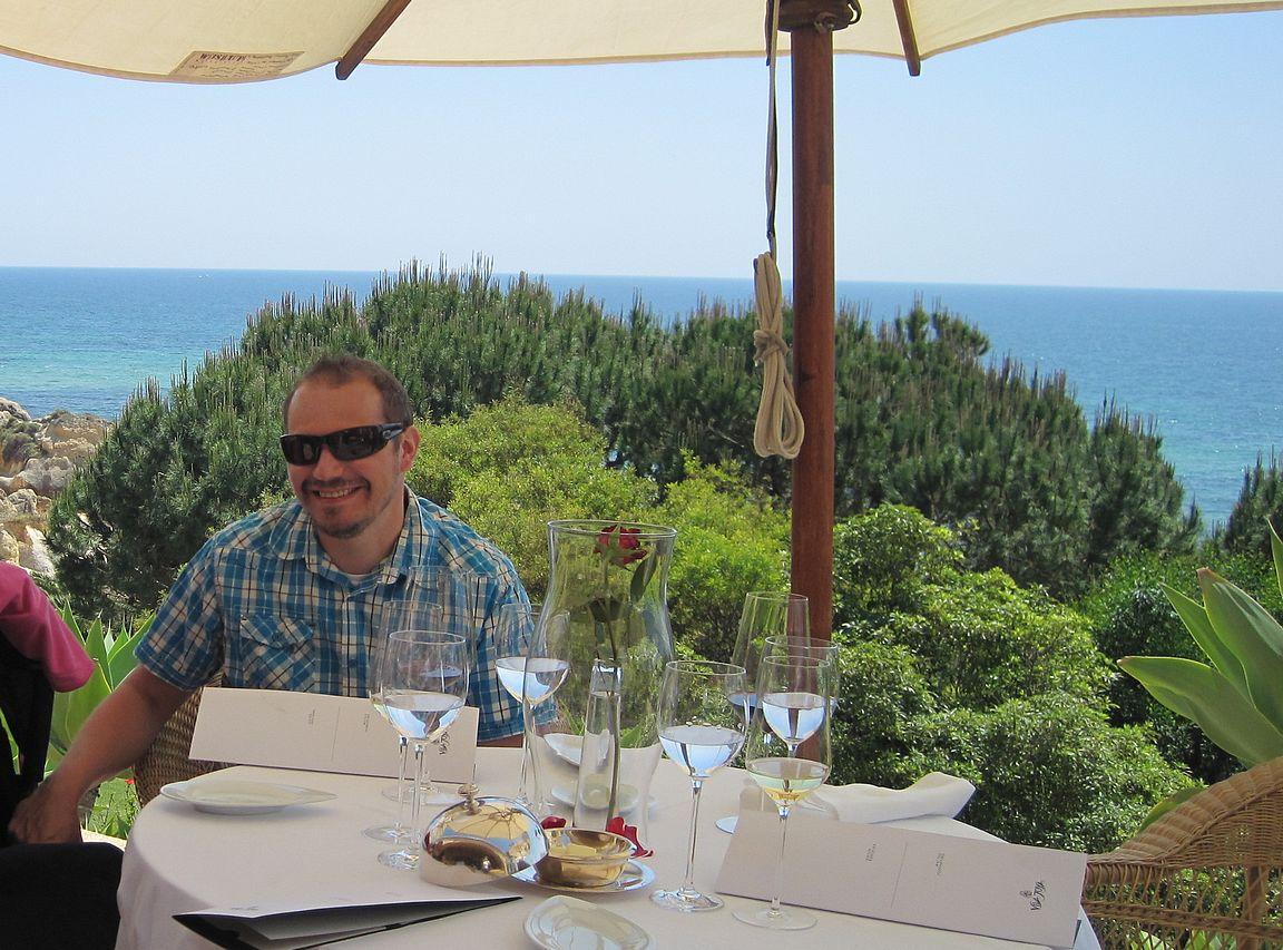Vila Joya tarjoaa maailmanluokan ravintolaelämyksen.