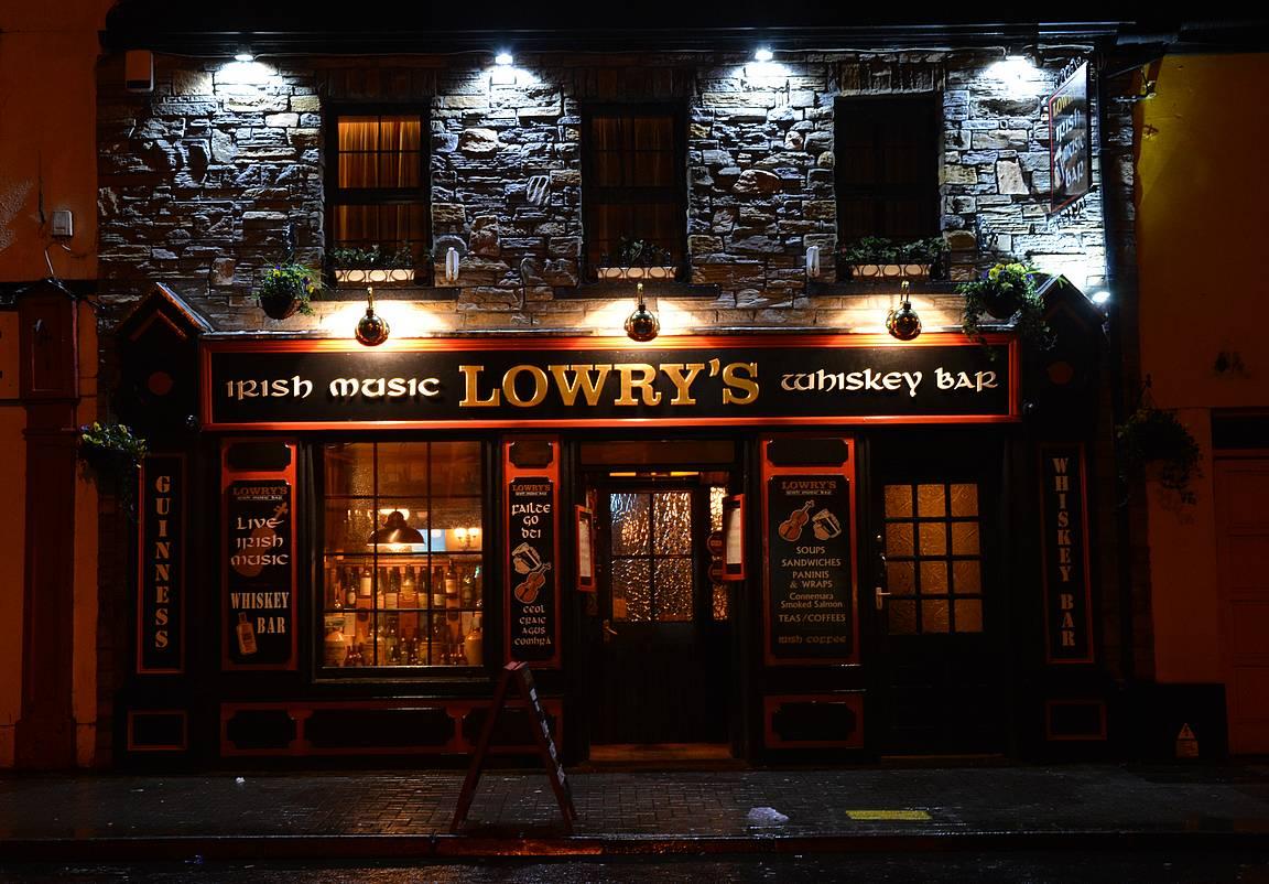 Lowry's on yksi Clifdenin parhaista pubeista.