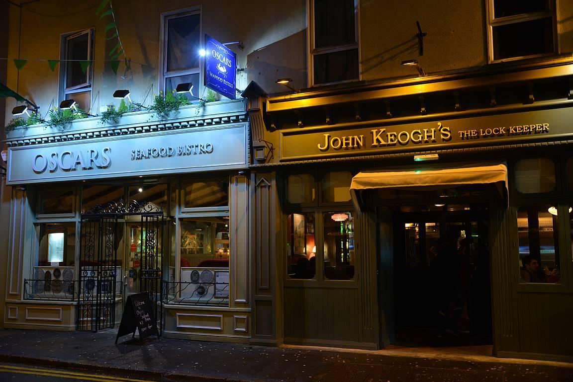 Oscar's ja John Keogh's tarjoilevat molemmat erinomaista ruokaa.