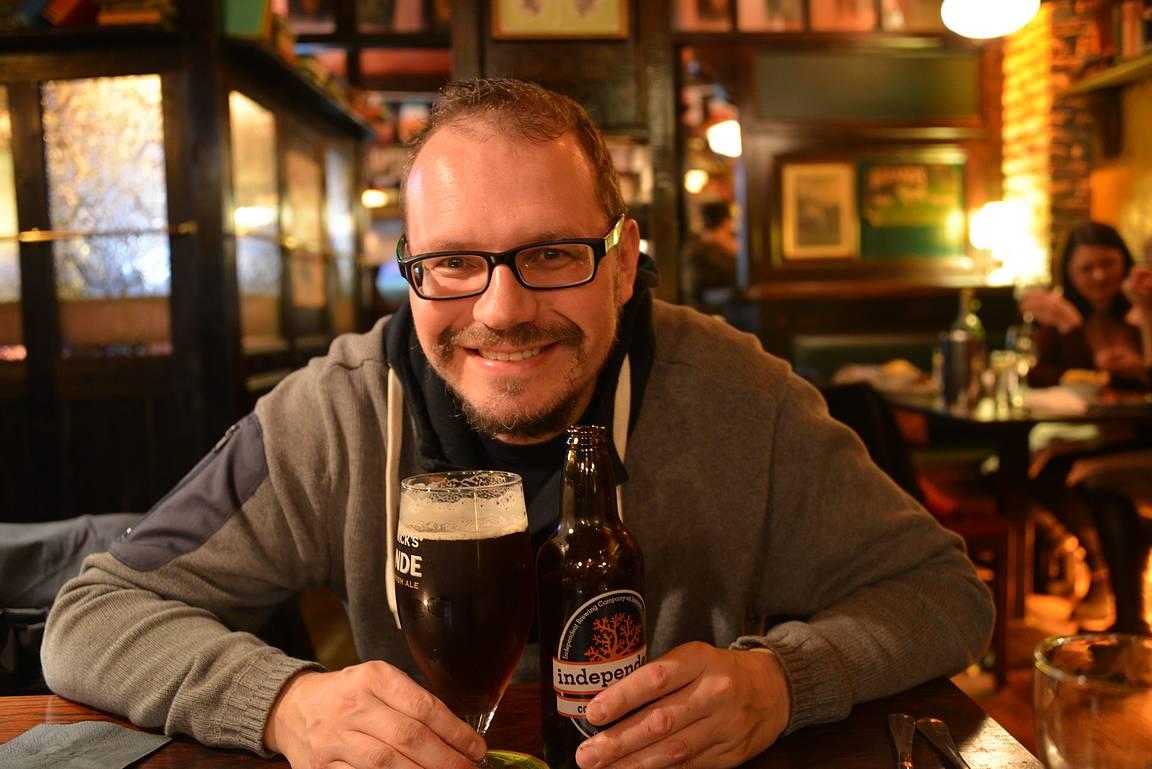 Independent panimon Connemara -oluet sopivat hyvin sateiseen iltaan Galwayssa.