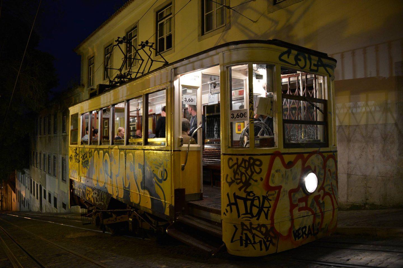 Lissabonin raitiovaunut ovat elämys