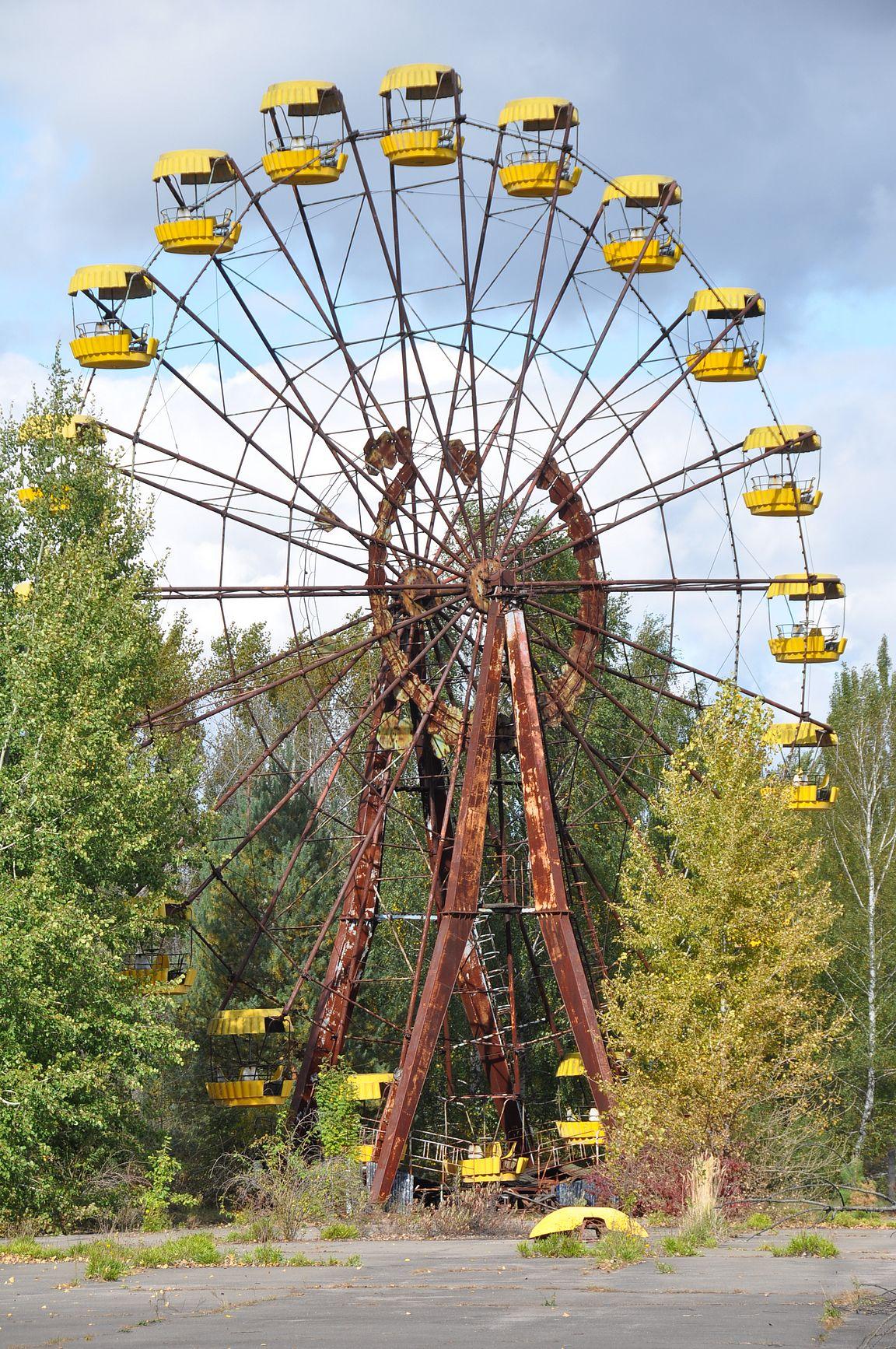 Prypyatin aavekaupungin maailmanpyörä, joka ei koskaan ehtinyt tulla käyttöön.