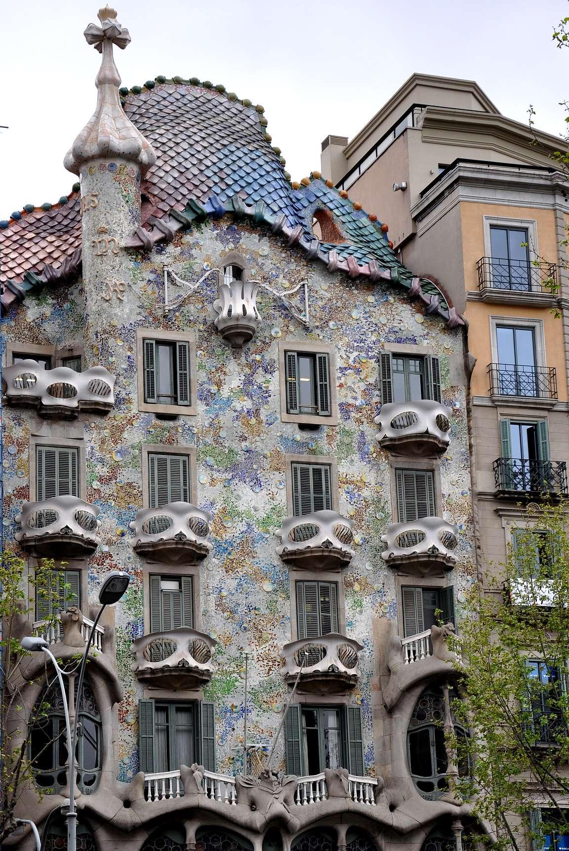 Gaudín Barcelona on erinomainen kaupunkilomakohde ja Eixample sen omalaatuisin kaupunginosa.