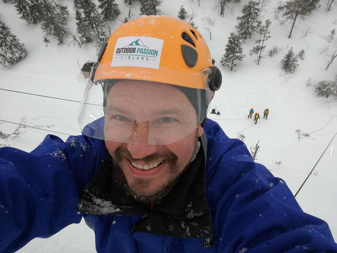 Selfie 35 metrin korkeudessa.