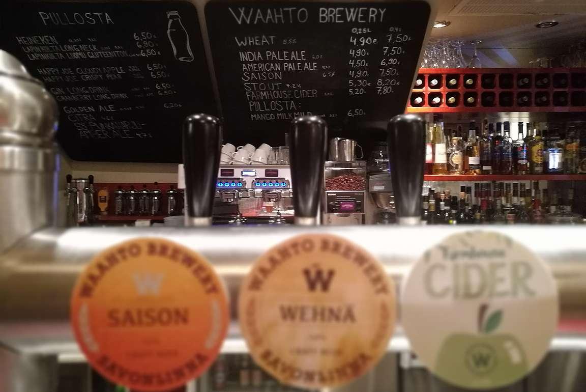Panimoravintola Huvila on Waahto Breweryn koti.