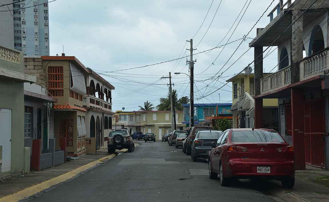 Rauhallista katukuvaa Fajardossa, Puerto Ricossa viime vuoden talvilomareissulta.