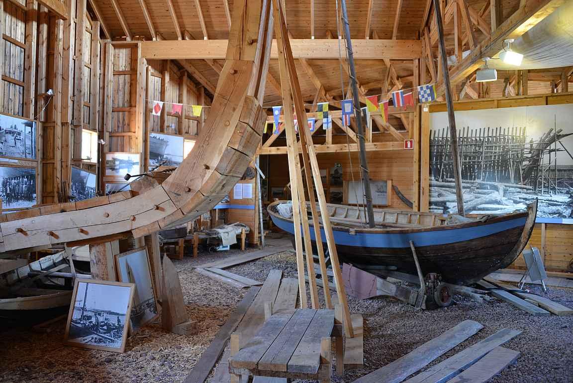 Veneiden rakentamisen historiaa Ahvenanmaalla.
