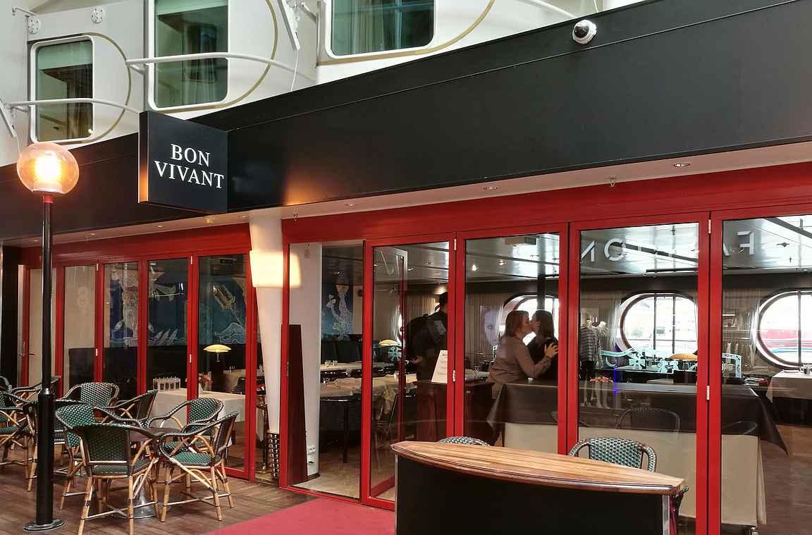 Bon Vivant ravintolat sijaitsevat Silja Seranaden ja Silja Symphonyn kävelykadulla.