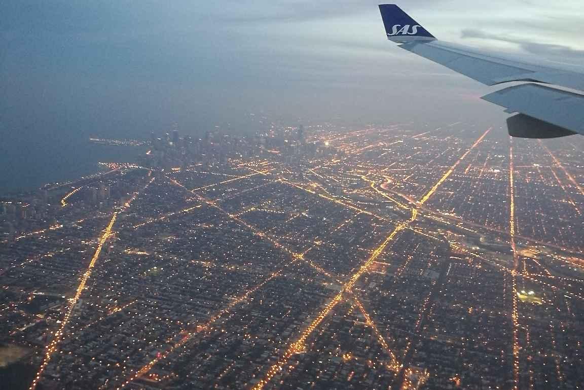 Chicago iltavalaistuksessa.
