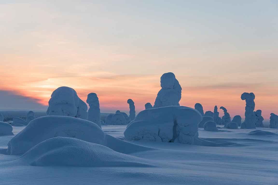 Jos oli kaunista keväällä, niin mites talvella? Käy katsomassa upeita kuvia lisää Revontulia -blogista copyright Liisa Peltonen