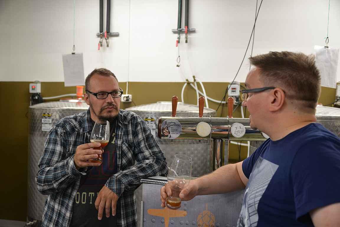 Oluen maistelusta saa huomattavasti enemmän irti, kun pääpanimomestari kertoo samalla oluen taustoista.