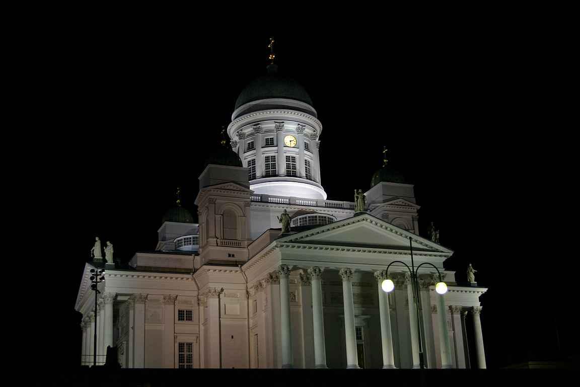 Isolla kirkolla - Helsinki on tullut itselle tutuksi vuosien varrella.