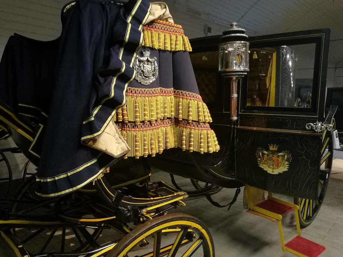 Kuninkaalliset hevostallit. Parissa päivässä ehtiin tutustumaan mukavasti Tukholman nähtävyyksiin.