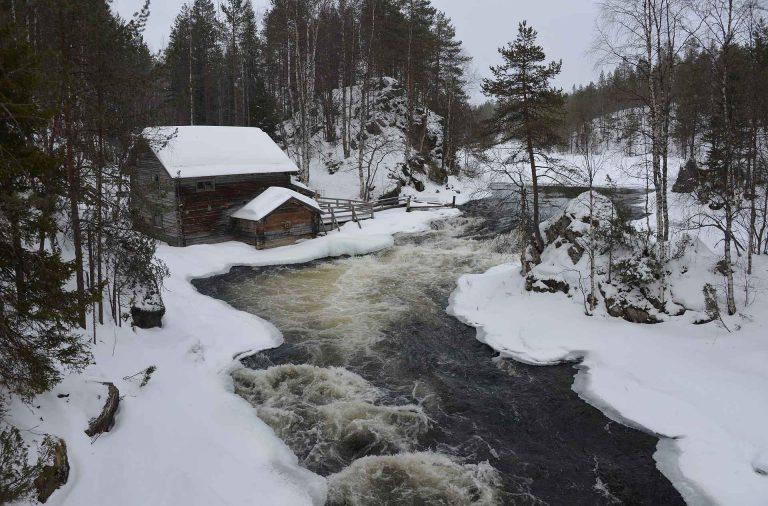 Myllykoski ja Pieni Karhunkierros ovat upeita myös talvella!