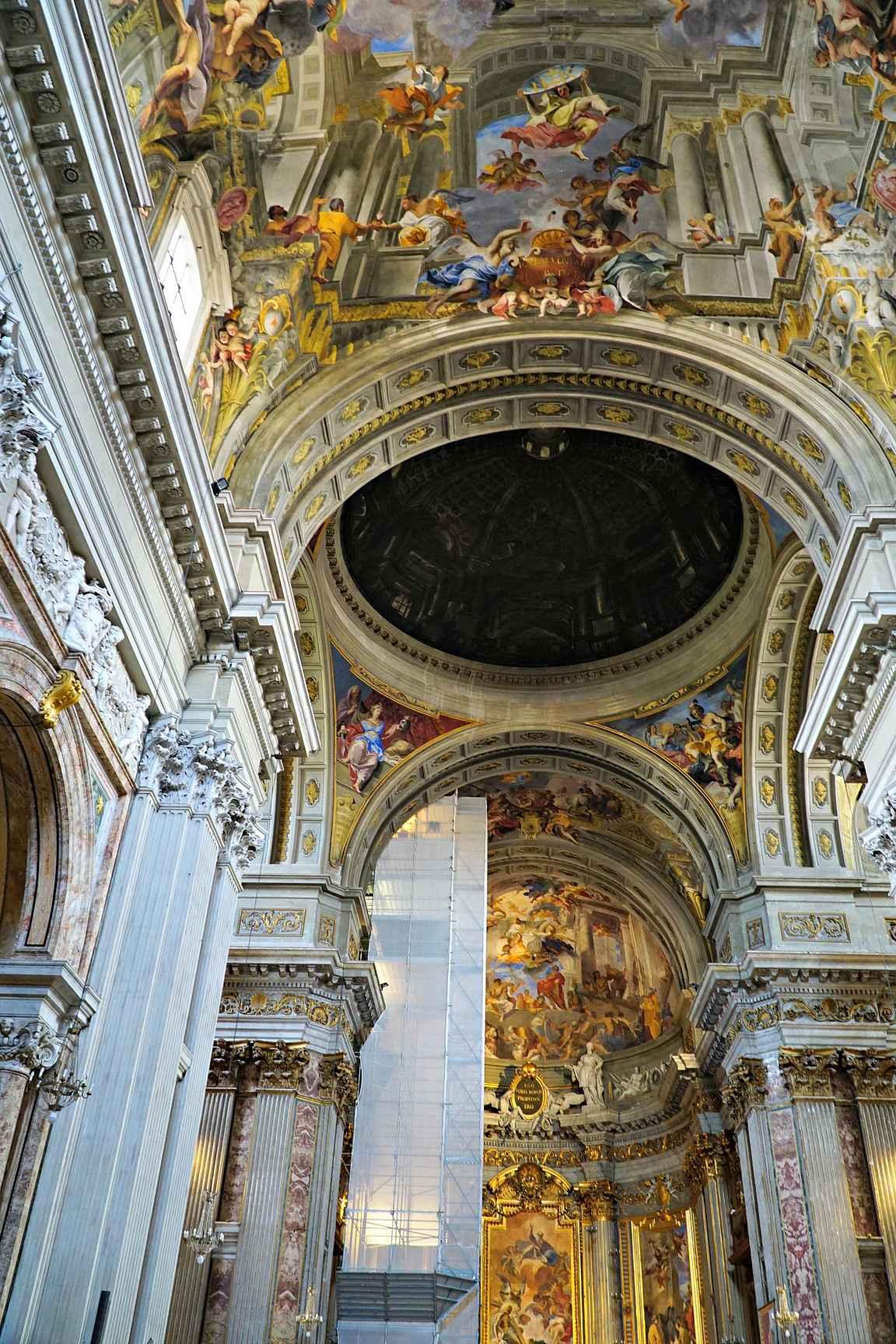 Santignazio di Loyola ja optinen harha copyright Kukkulalta / Heli