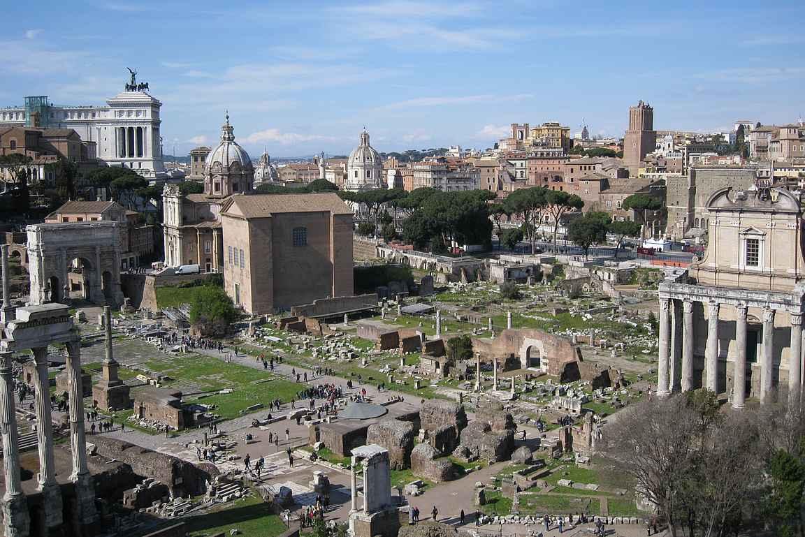 Roman Forum Palatinon kukkulalta.