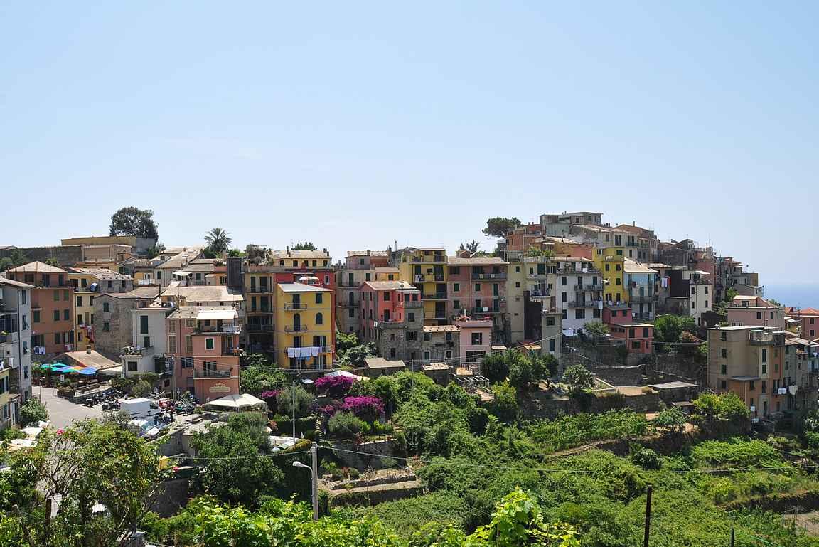 Corniglio on upea näky (kuva otettu matkalla Vernazzaan).