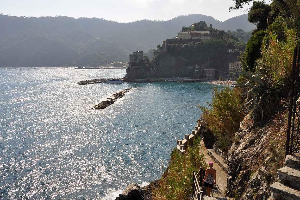 Monterosso el Mare häämöttää kulman takana.