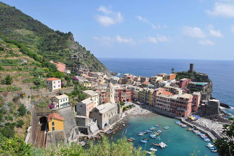 Cinque Terre - päiväpatikointi kylästä kylään